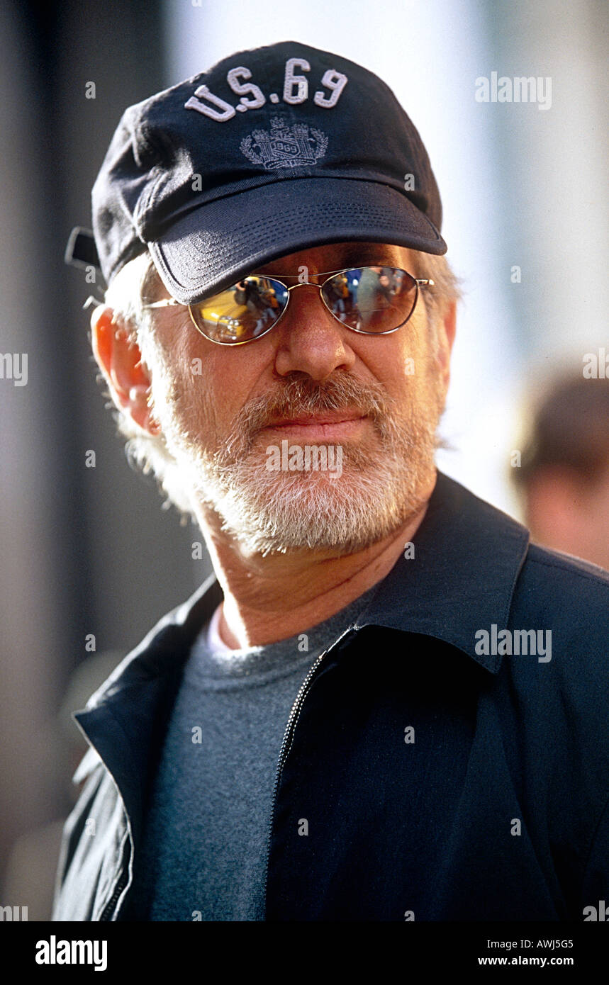 STEVEN SPIELBERG in 2002 while producing Catch Me If You - Stock Image