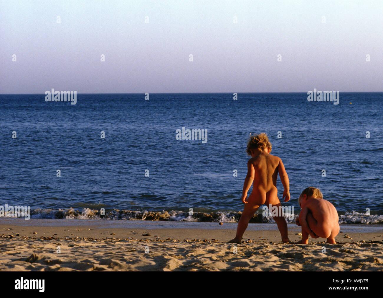 Teen Nude Play