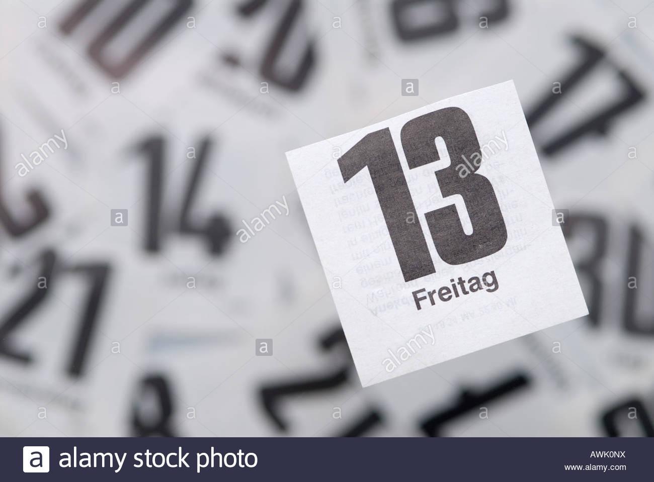 Aberglaube Unglück freitag der 13 13 dreizehnte dreizehn kalender kalenderblatt stock