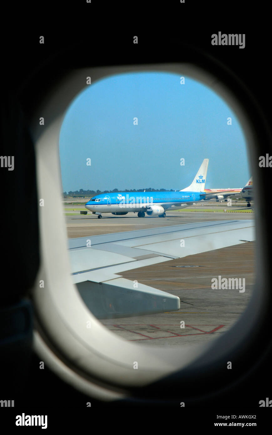 Airplane Window View Out A Aeroplane Stock Photo Alamy