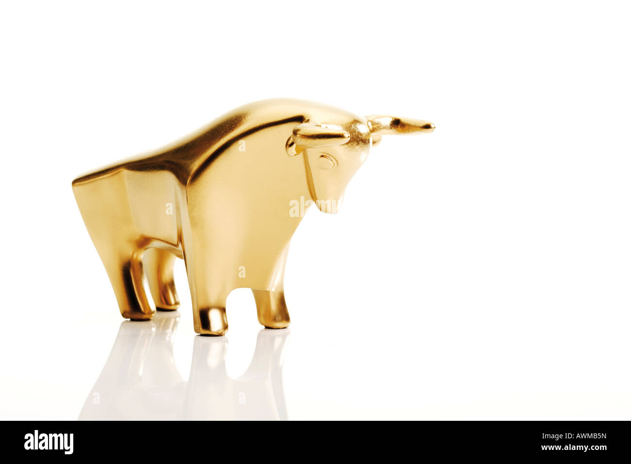 Gold-plated bull - Stock Image