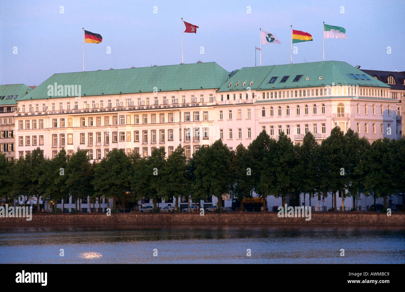 hotel at waterfront four seasons hotel inner alster lake hamburg stock photo 3083208 alamy. Black Bedroom Furniture Sets. Home Design Ideas