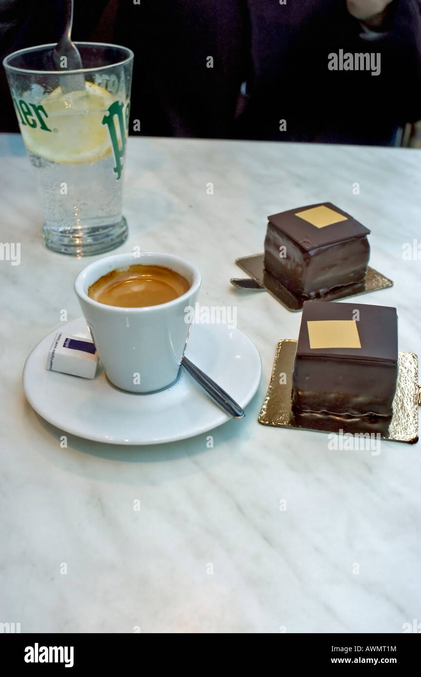 Paris France, French Luxury 'Chocolate Cakes' and Espresso Coffee, Store, 'Pierre Hermé' Marble - Stock Image