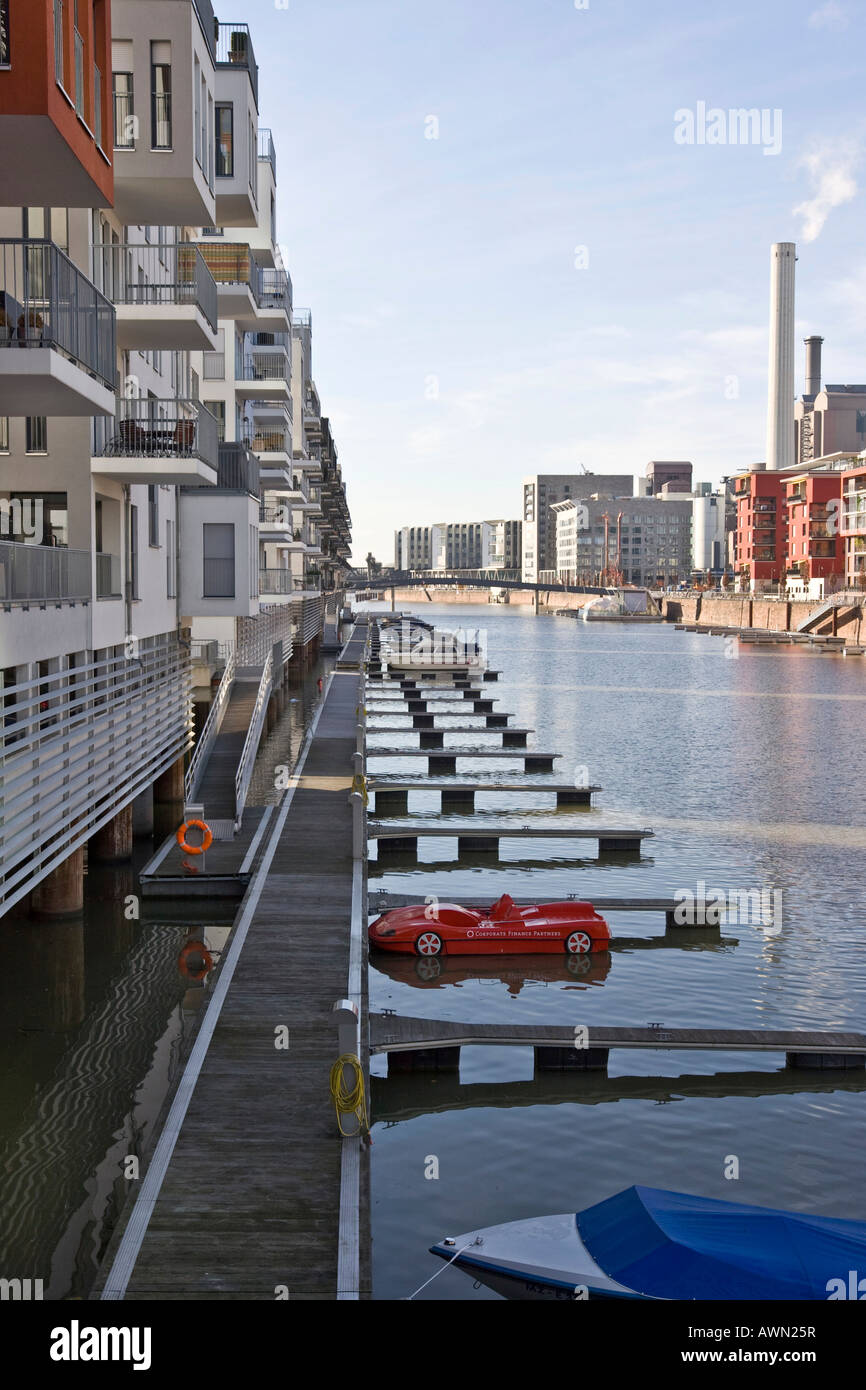 Luxury condos with private docking facilities at Westhafen Harbour, Westhafen Square, Frankfurt, Hesse, Germany, - Stock Image