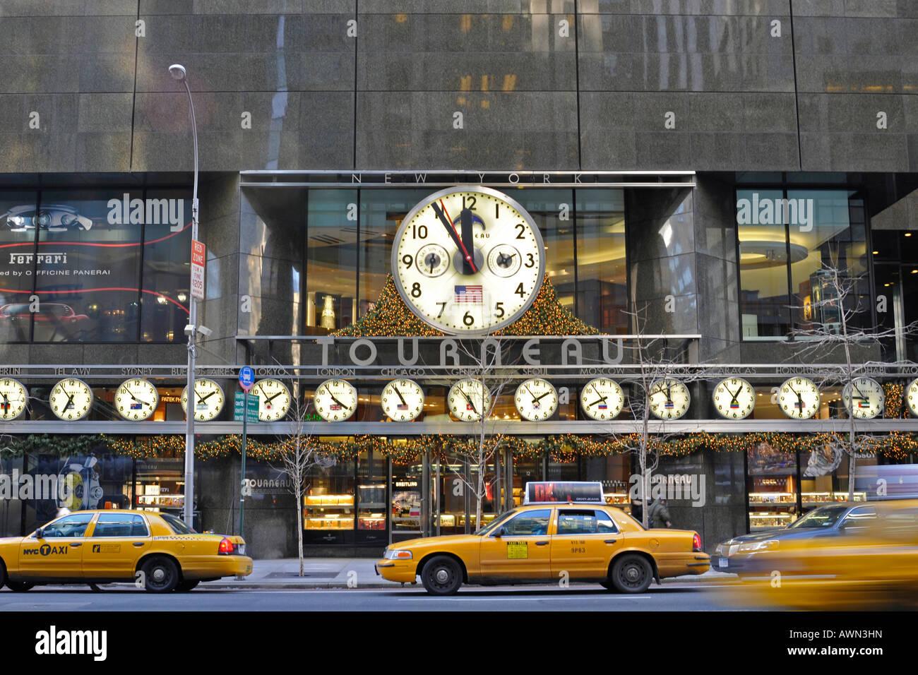 Tourneau Clock Stock Photos & Tourneau Clock Stock Images