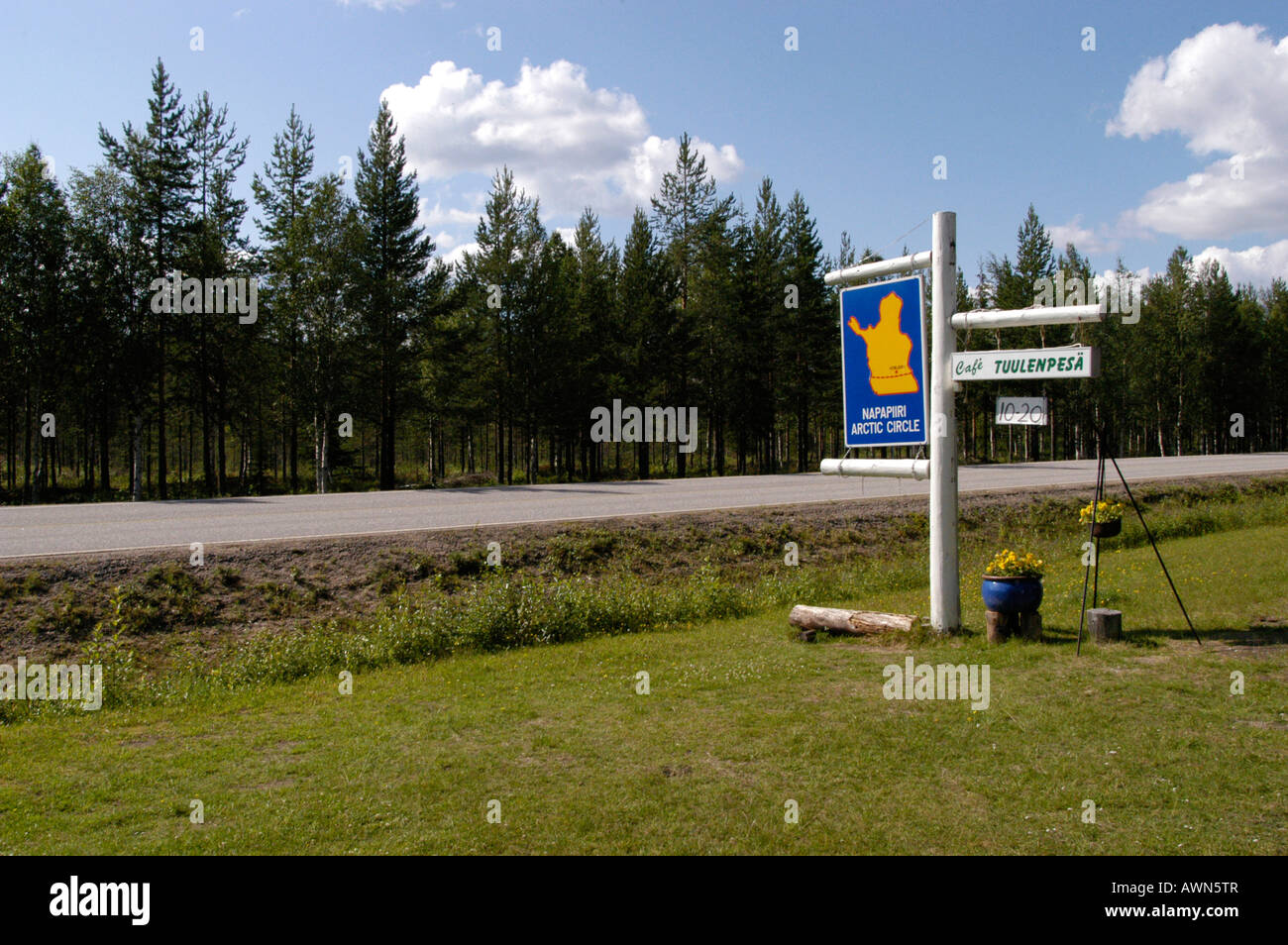 Sign marking the Arctic Circle, Finland, Europe - Stock Image