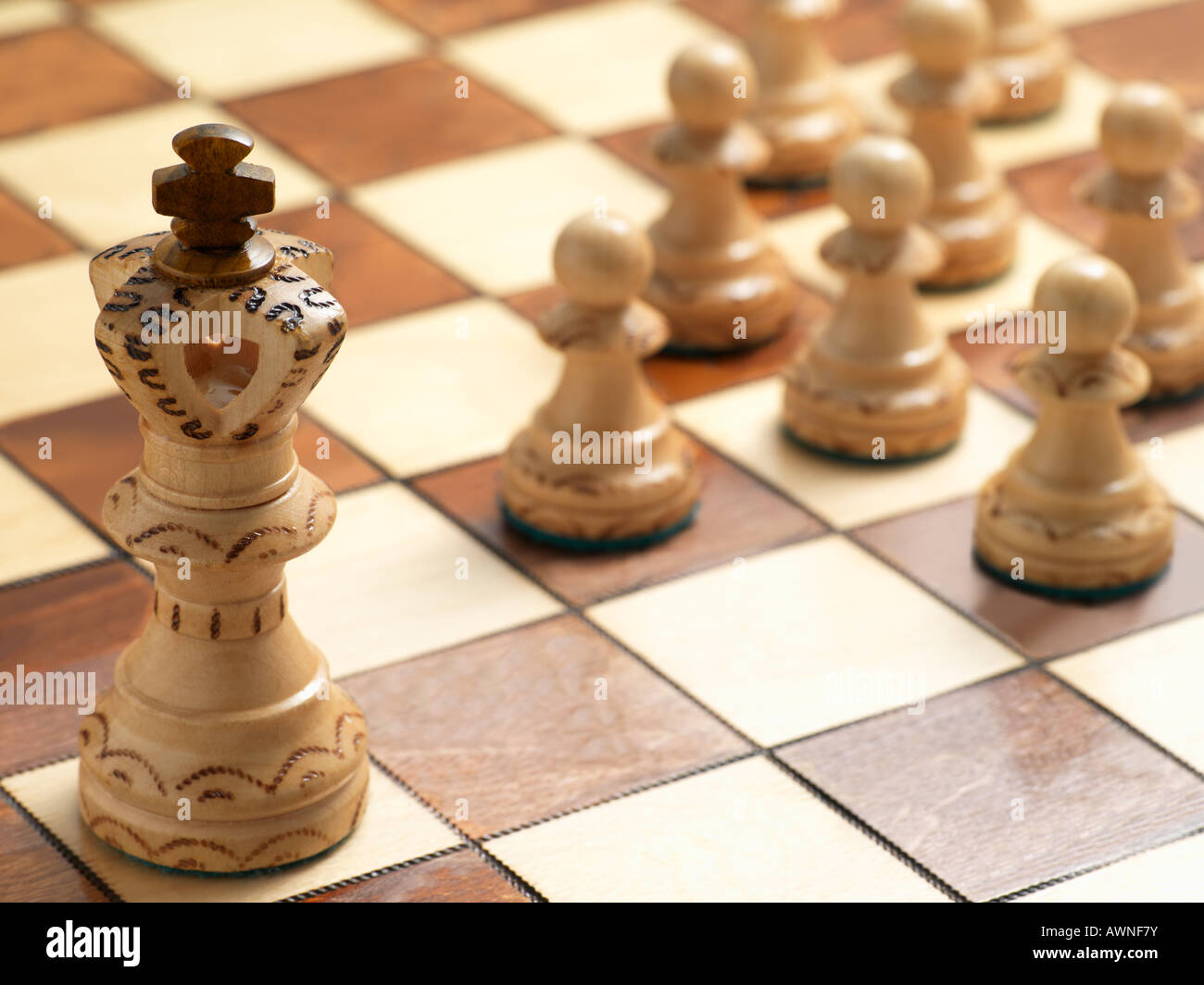 King and pawn chess pieces - Stock Image