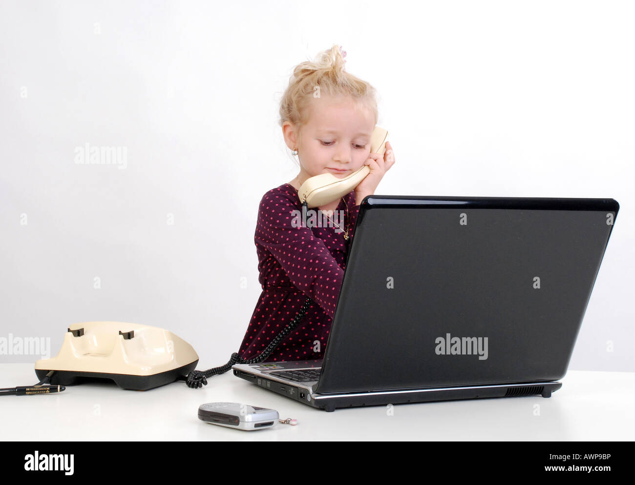 child and computer Stock Photo