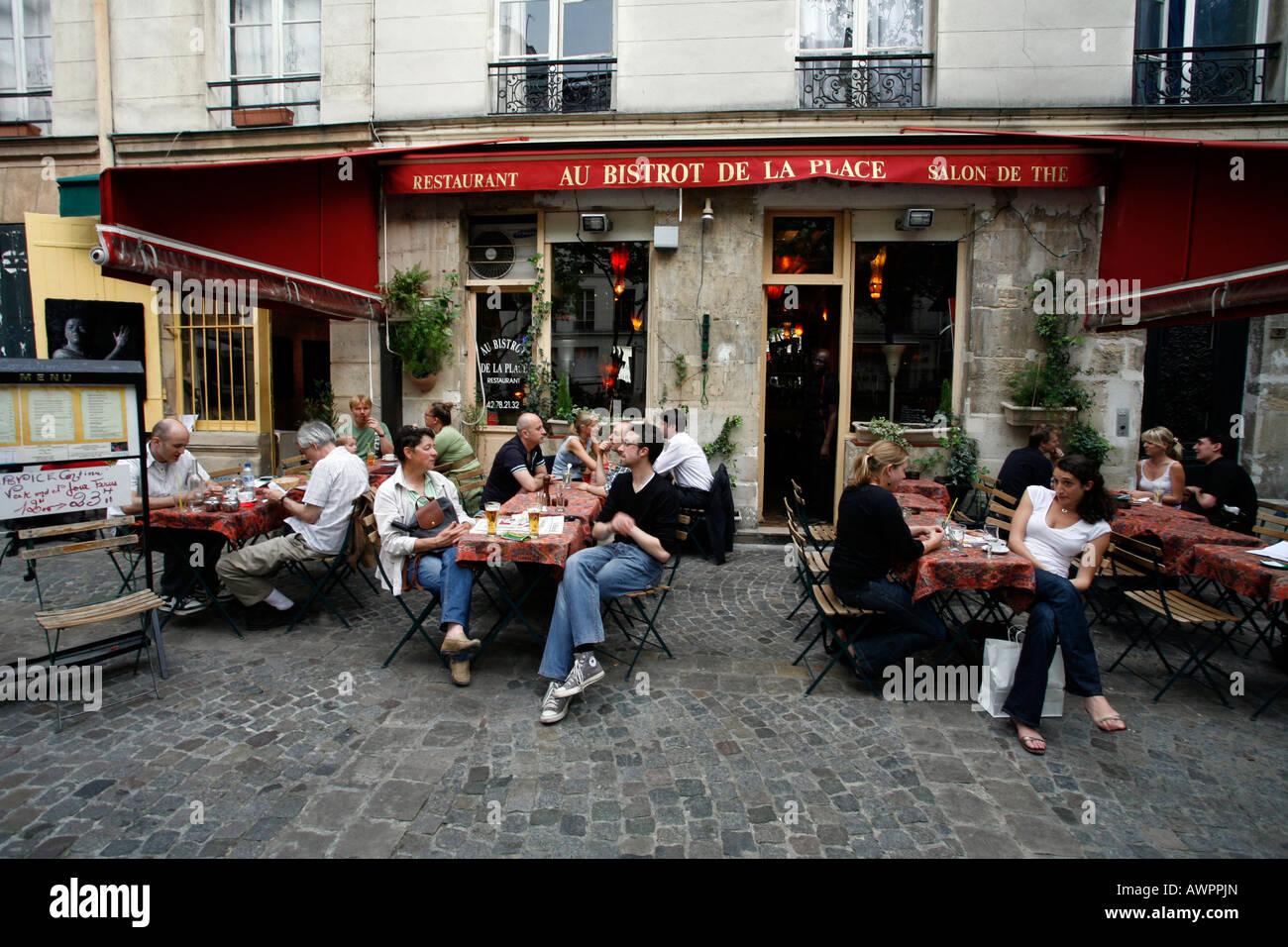 Bistrot de la Place du Marché Sainte-Catherine, Quartier Marais, Paris, France, Europe - Stock Image