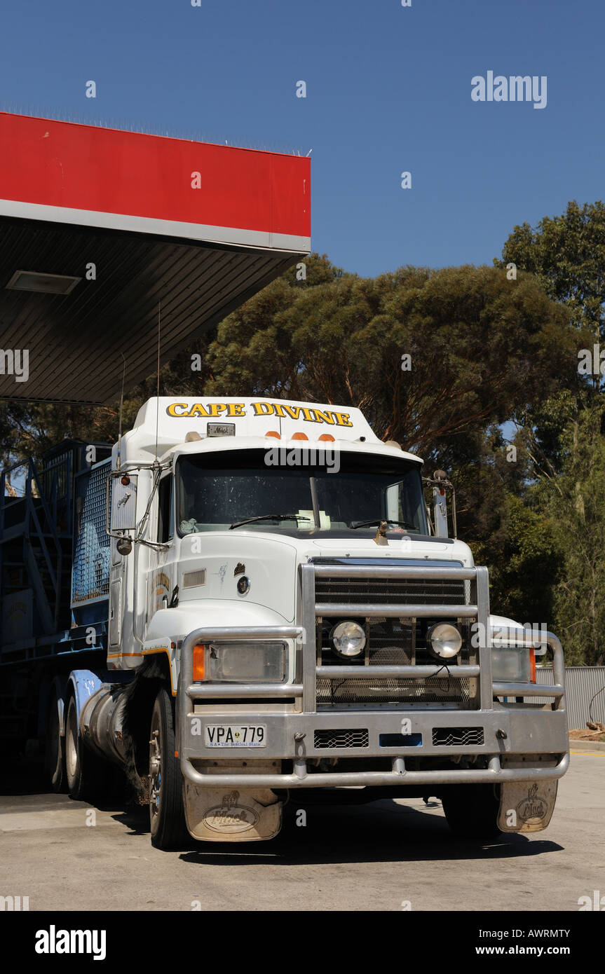Mack Truck Australia Stock Photos Freight Fuel Pump A Sitting Next To Pumps At The Caltex Paralowie Petrol Station