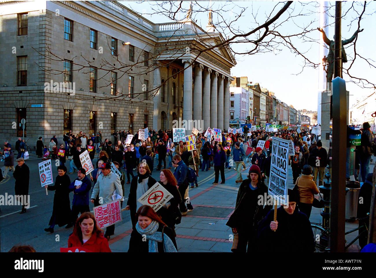 Peace March Dublin Ireland. Anti Iraq war 2003 - Stock Image
