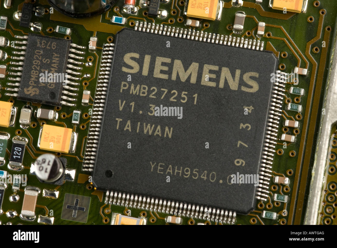 Integrated Circuit Stock Photos Images The History Of Circuits And Microchips Thumbnail Siemens Microchip On Board Image