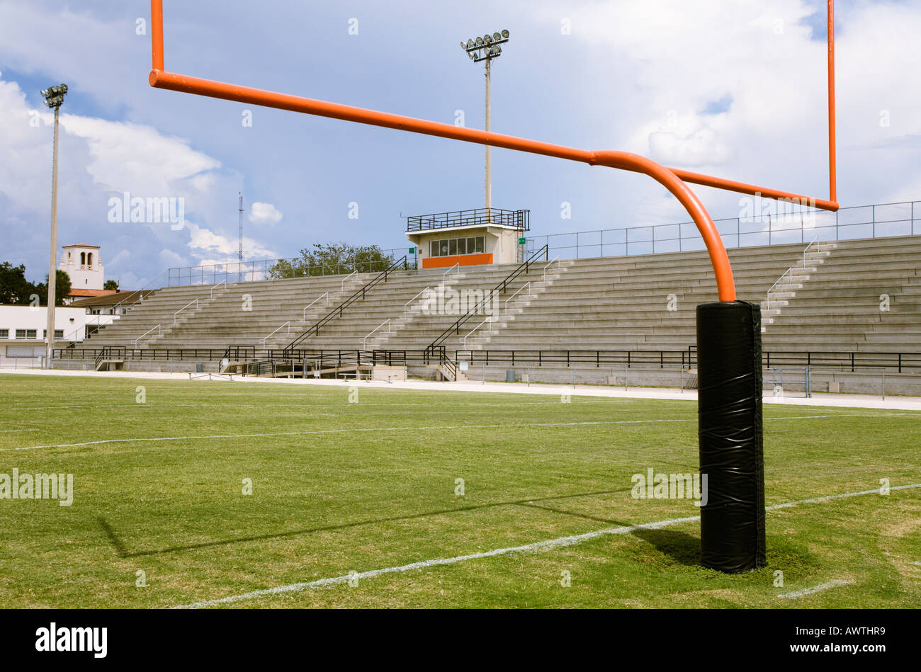 how to make a field goal post