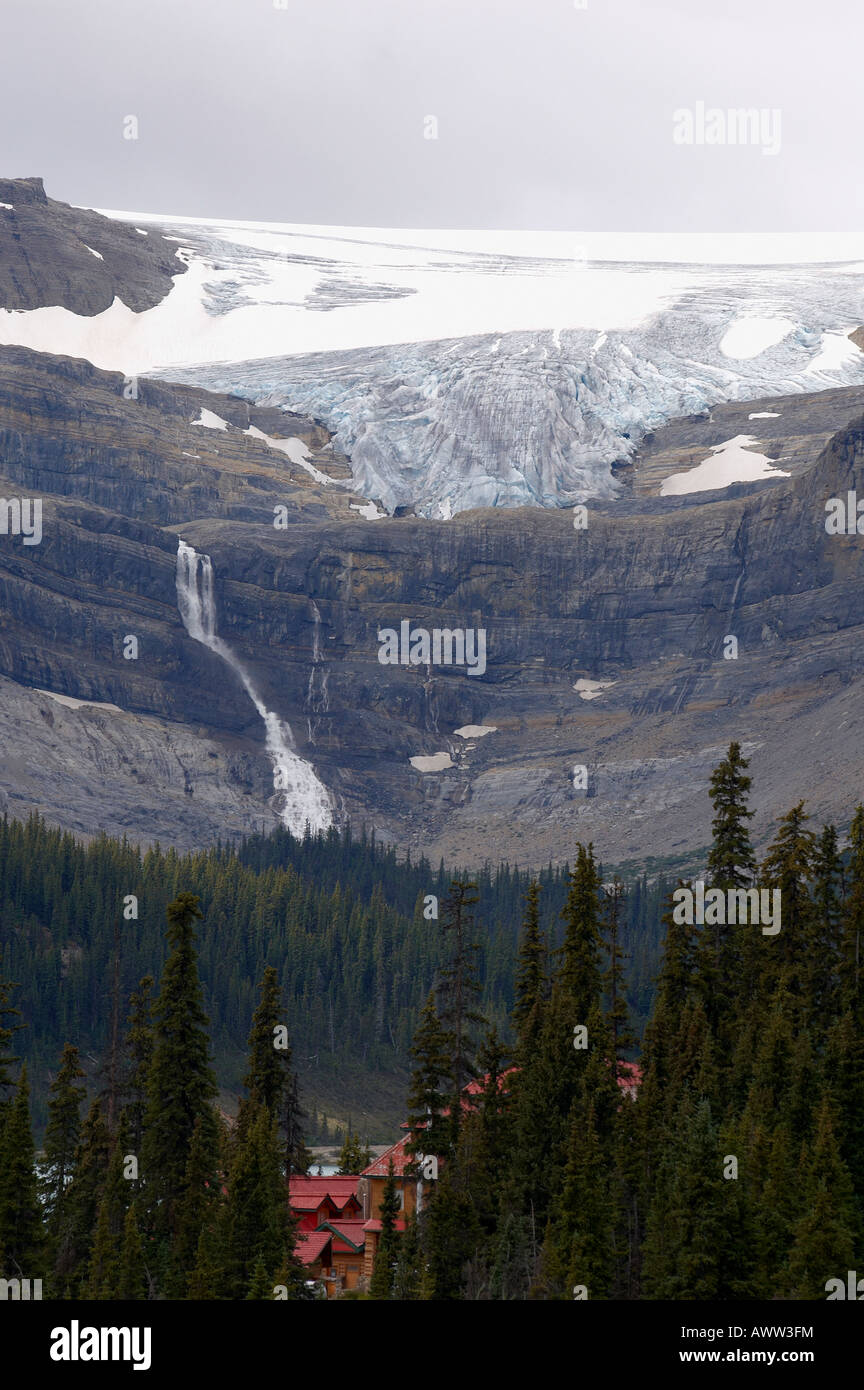 Bow Glacier and  Num-Ti-Jah Lodge, on the Icefields Parkway, Banff National Park, Alberta, Canada -  Canadian Rockies - Stock Image