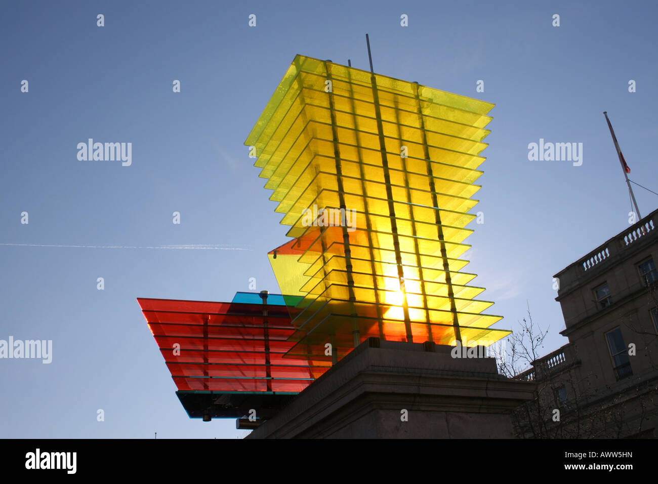 "Fourth Plinth in Trafalgar Square displays ""Model for a Hotel 2007"" - Stock Image"