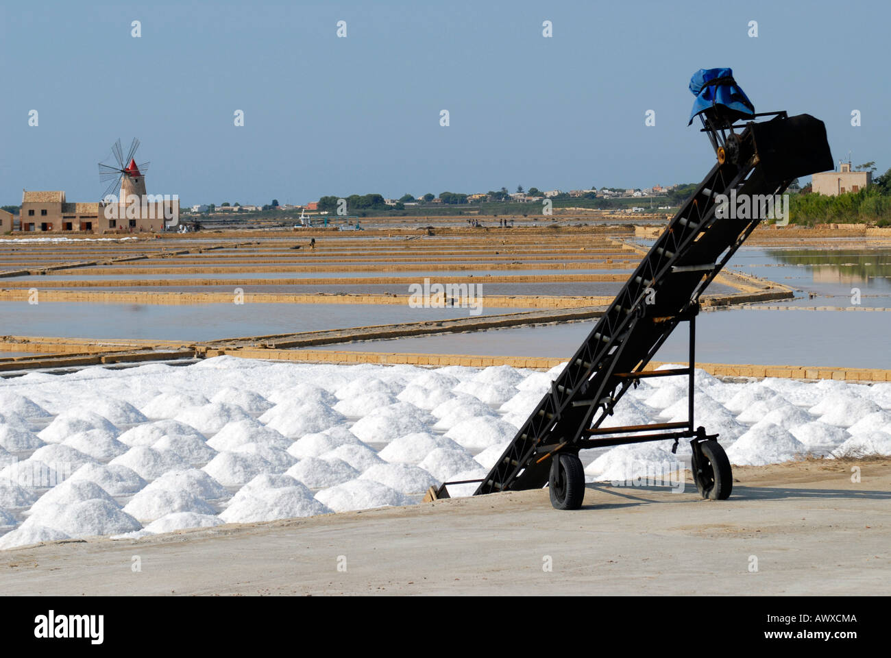 A salt conveyor belt in the saline filed of Mozia Sicily Italy - Stock Image