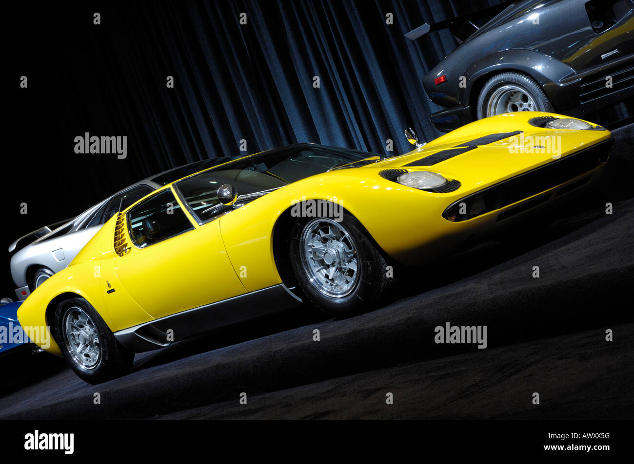 Lamborghini Miura 1969 Retro Super Car Stock Photo 16673499 Alamy