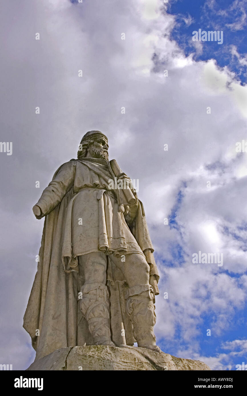 The damaged statue of King Alfred the Great in Market Square Wantage UK - Stock Image