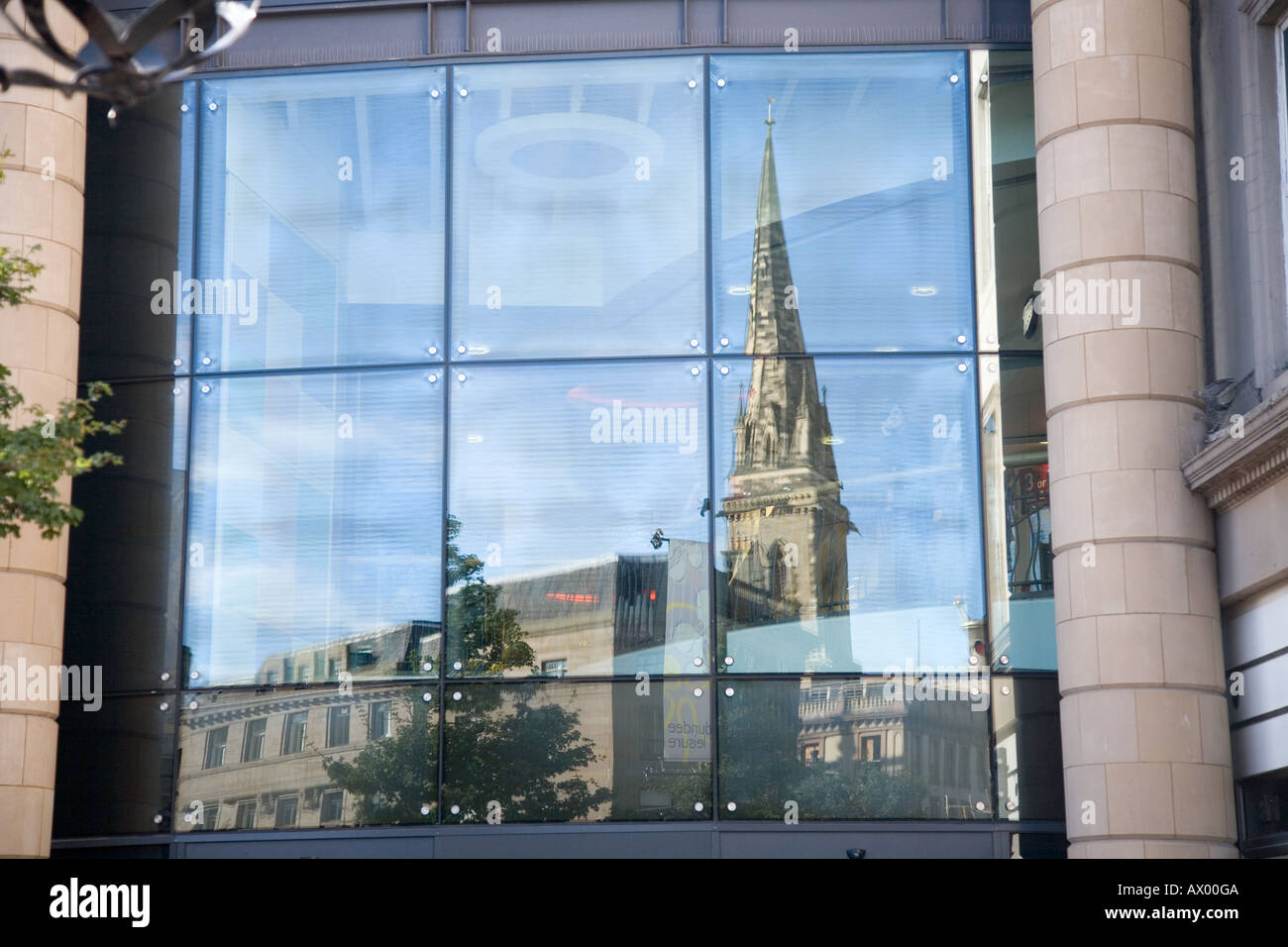 Dundee's Overgate - church reflection store window - Stock Image