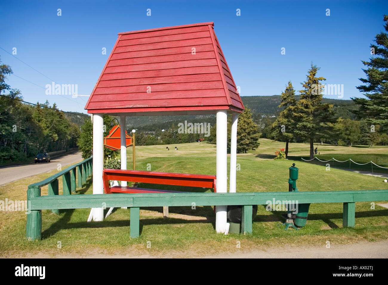 Tadoussac golf course 'tee off' on a beautiful sunny day - Stock Image
