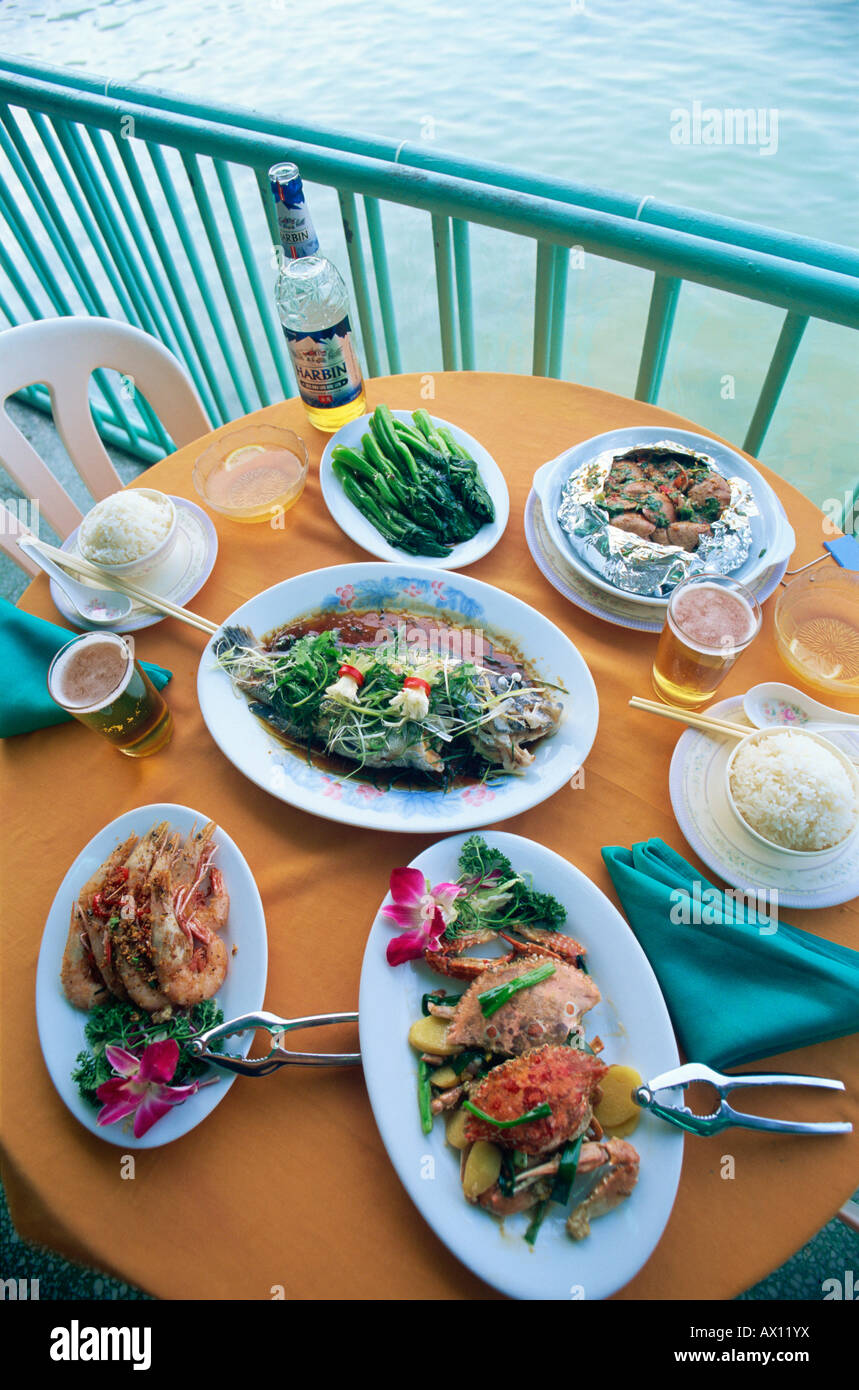 China, Hong Kong, Lamma Island, Sok Kwu Wan Village, Typical Seafood Meal - Stock Image