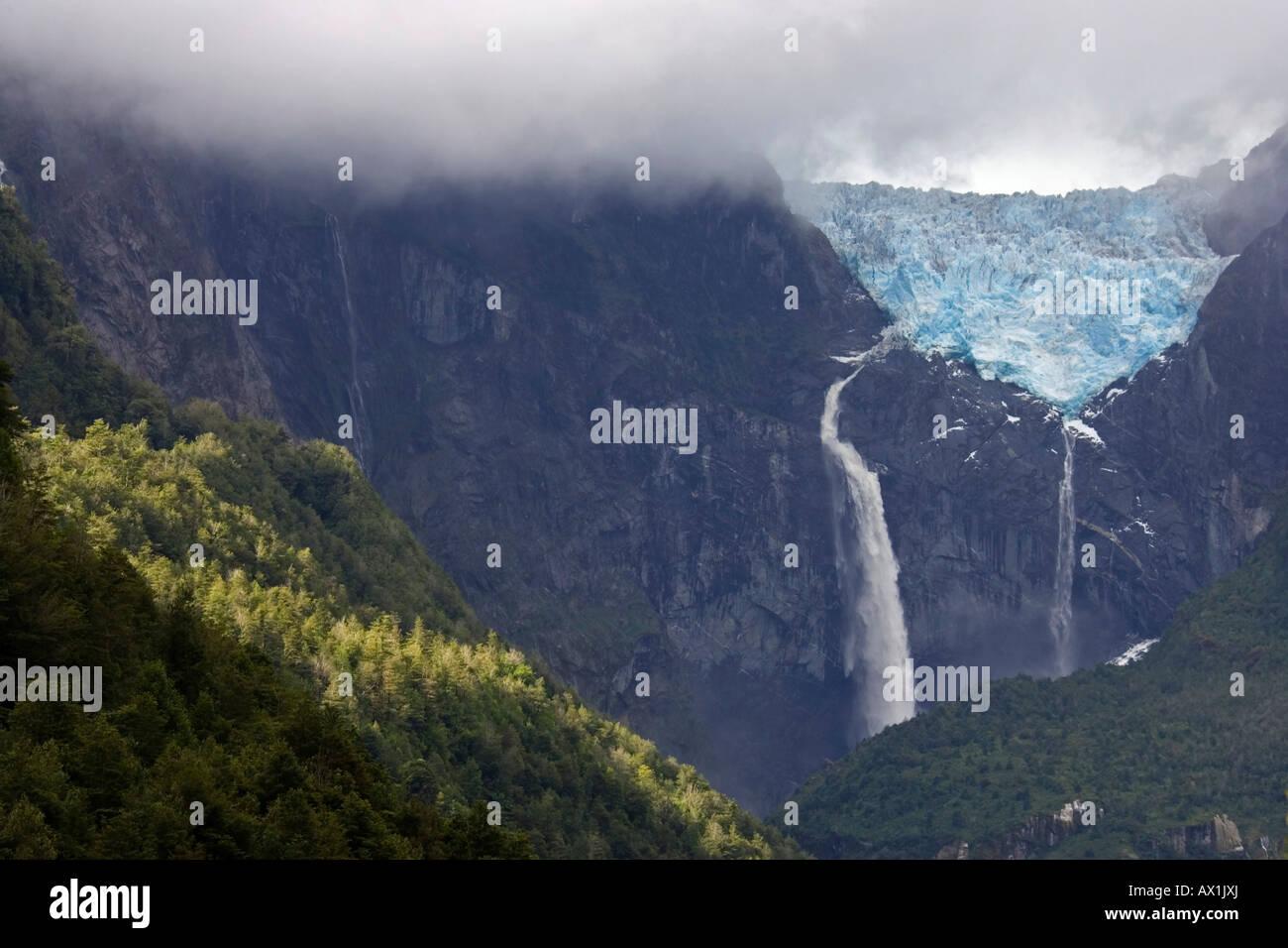 Glacier Ventisquero Colgante, Park Queulat, Carretera Austral, Patagonia, Chile, South America Stock Photo