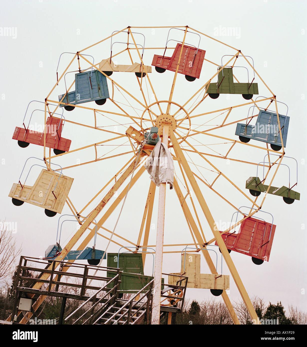 A retro ferris wheel - Stock Image