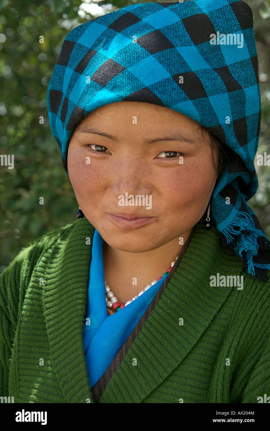 Portrait of a rural Tibetan woman Tibet - Stock Image