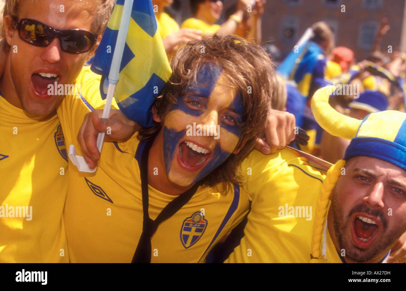 Swedish soccer fans, FIFA World Cup, Germany vs. Sweden, Munich 24.06.2006 - Stock Image