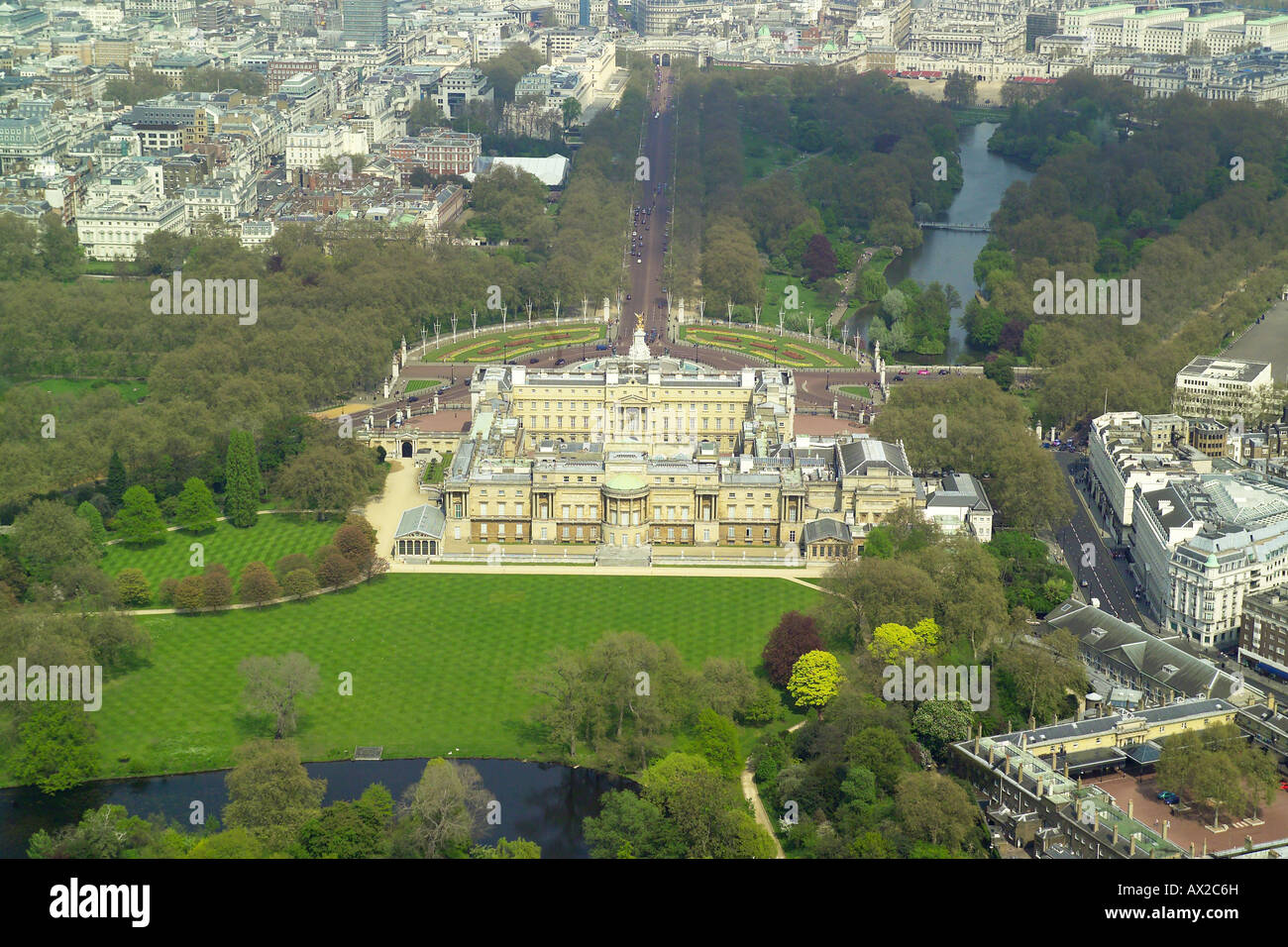 Aerial View Of The Gardens At The Rear Of Buckingham Palace In London Stock Photo 16706440 Alamy