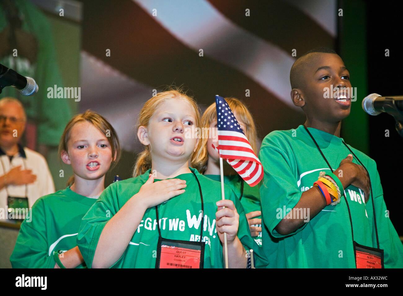 Children Say Pledge of Allegiance - Stock Image