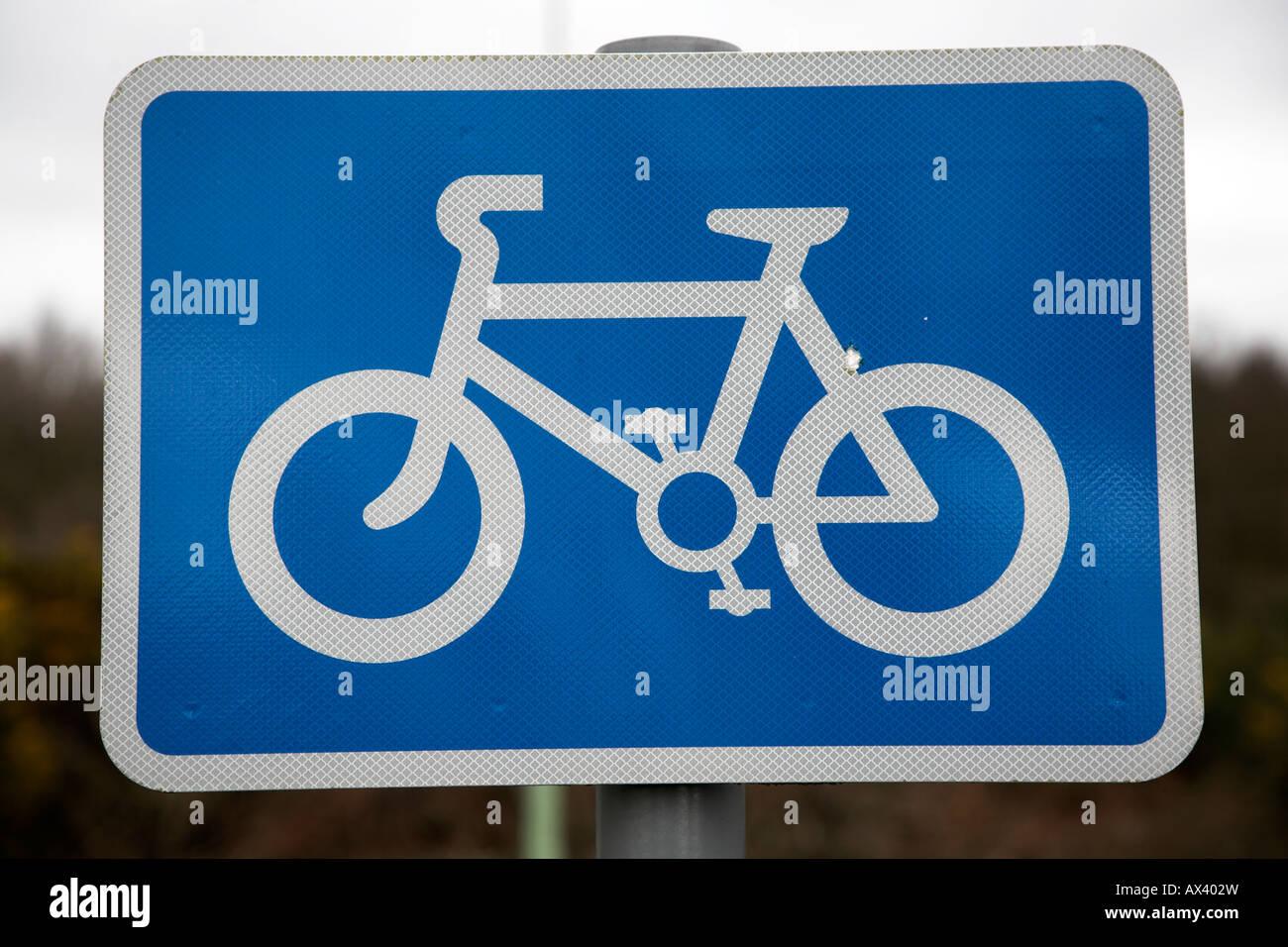 Bicycle path blue rectangular sign - Stock Image