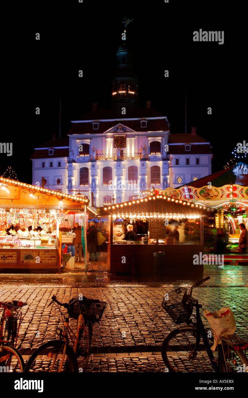 Christmas fair Lueneburg, 2007, Germany, with townhall Stock Photo