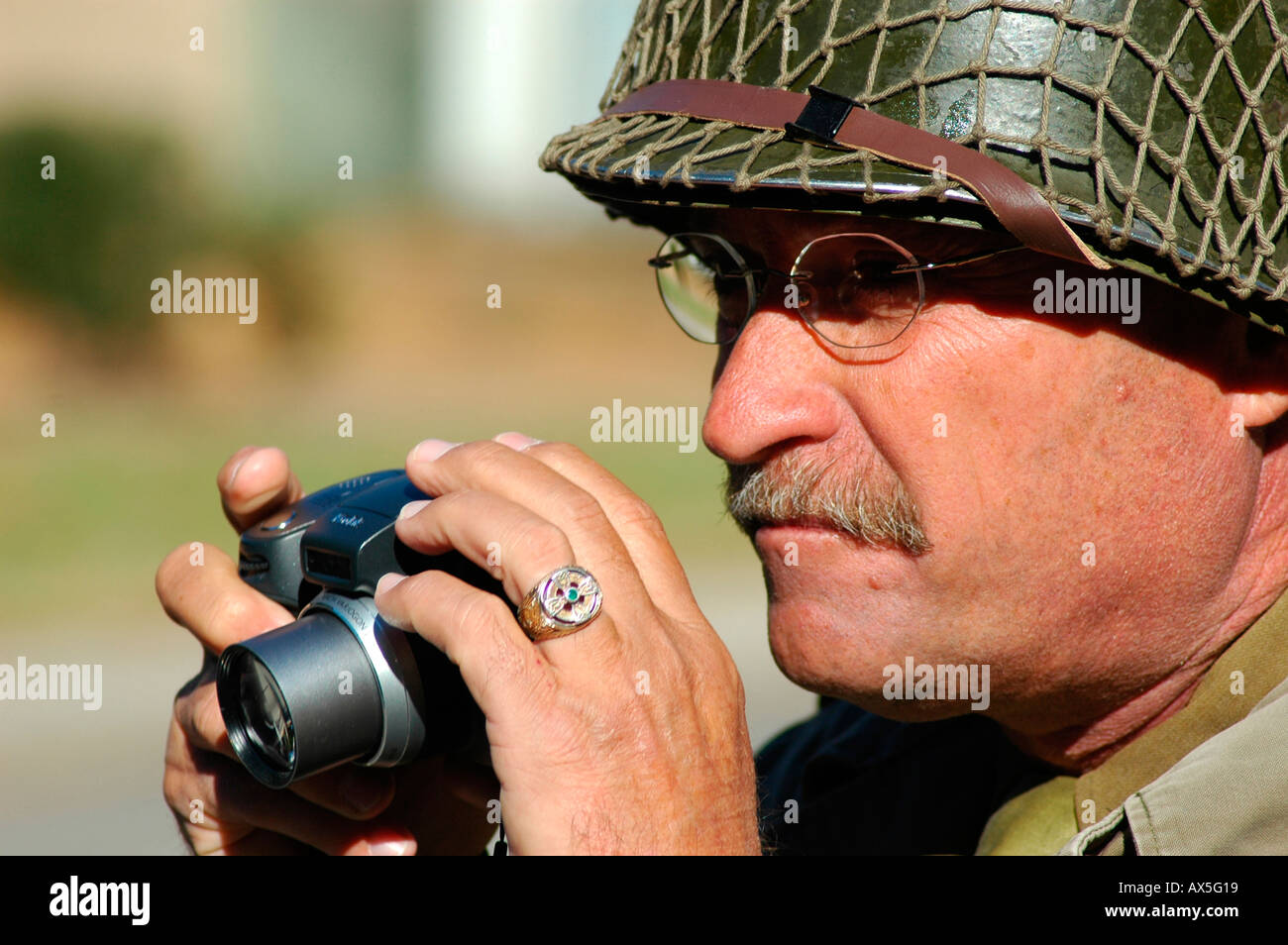 53624e2145 Military Re Enactor In Ww2 American Stock Photos & Military Re ...