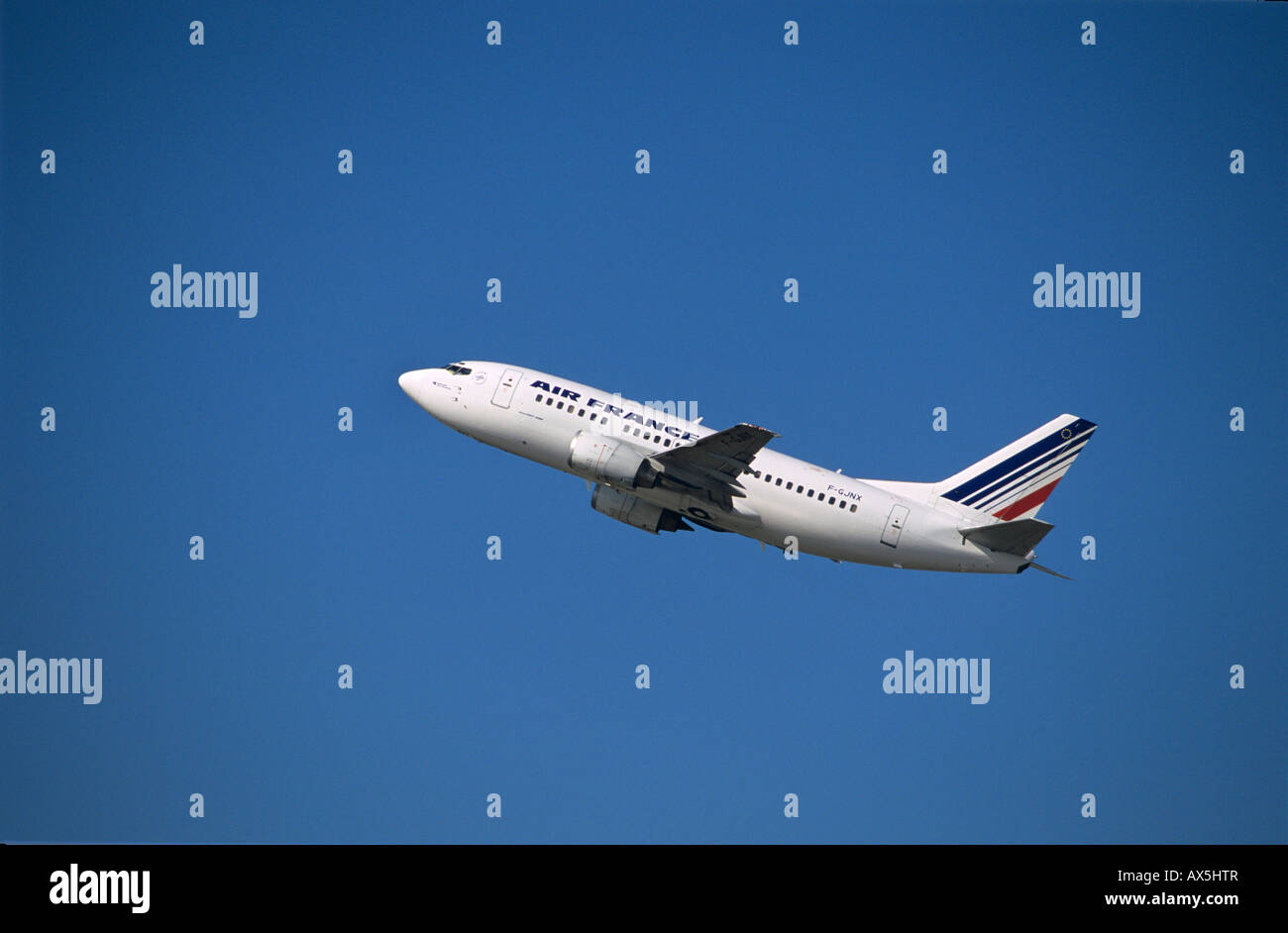 Air France Boeing 737-800 passenger jet during ascent - Stock Image