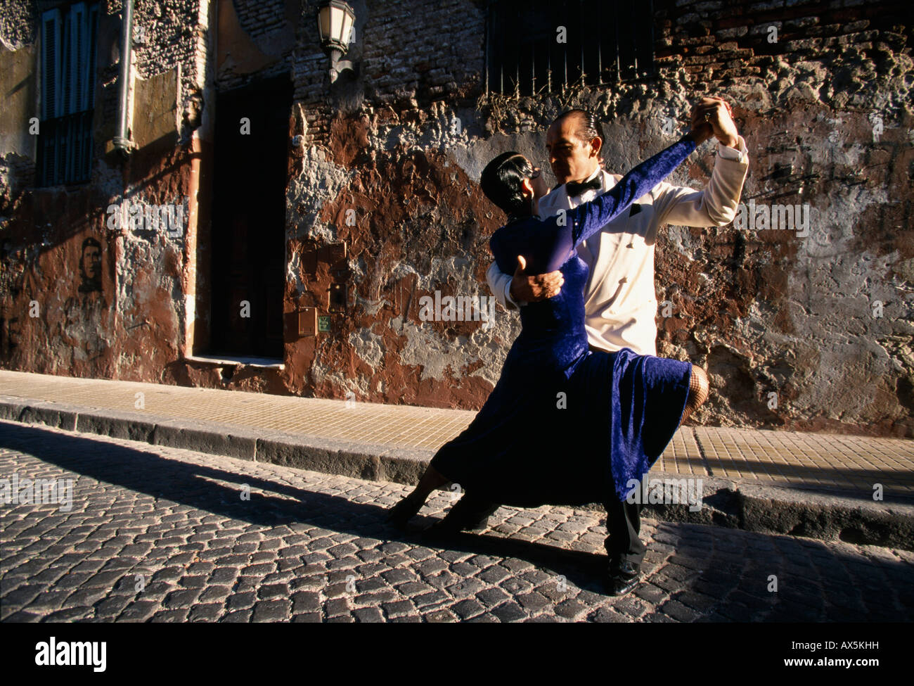 Pair dancing the tango in Buenos Aires, Argentina, South America - Stock Image