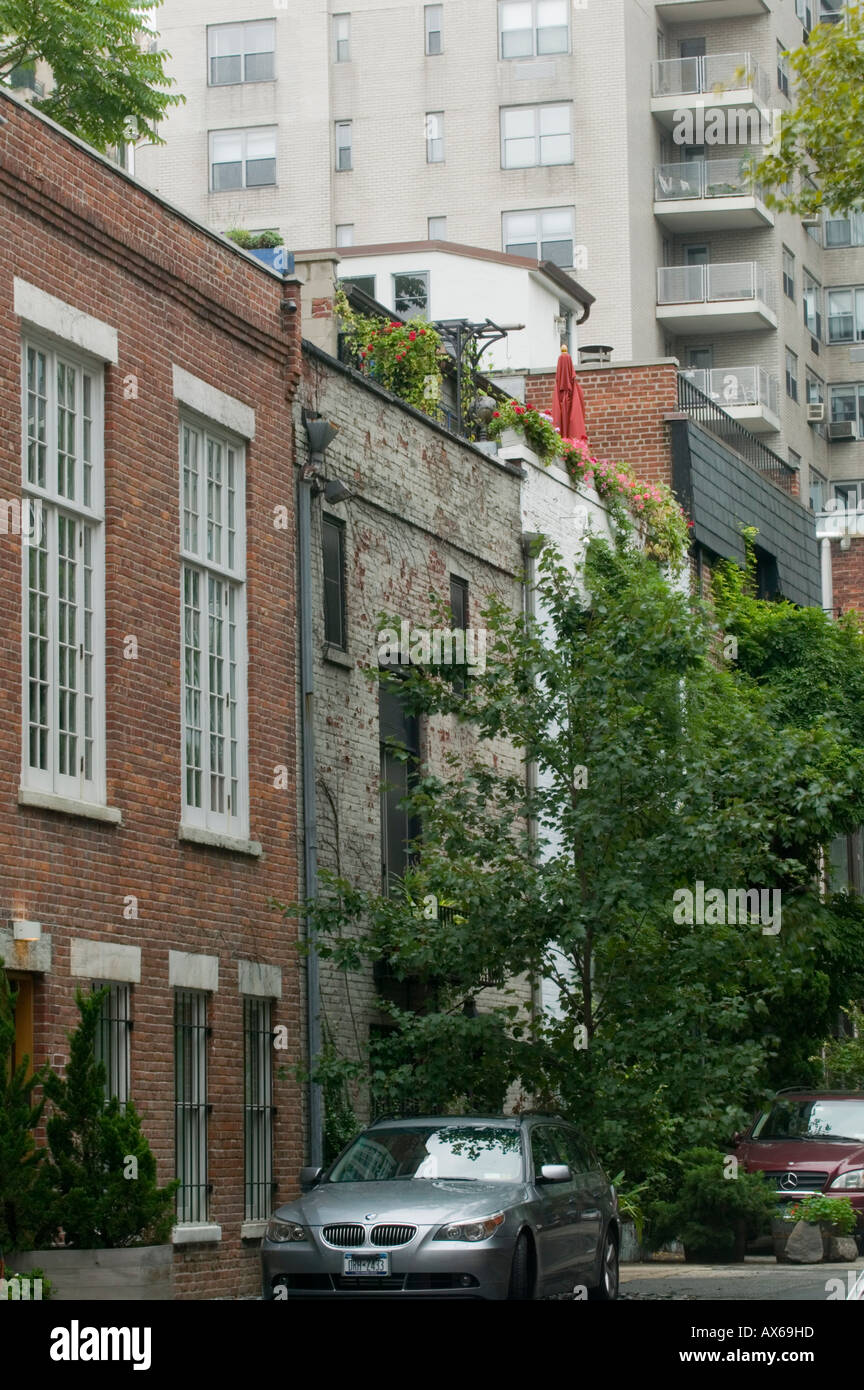 MacDougal Alley once called Art Alley de Luxe now private residences West Village New York City - Stock Image