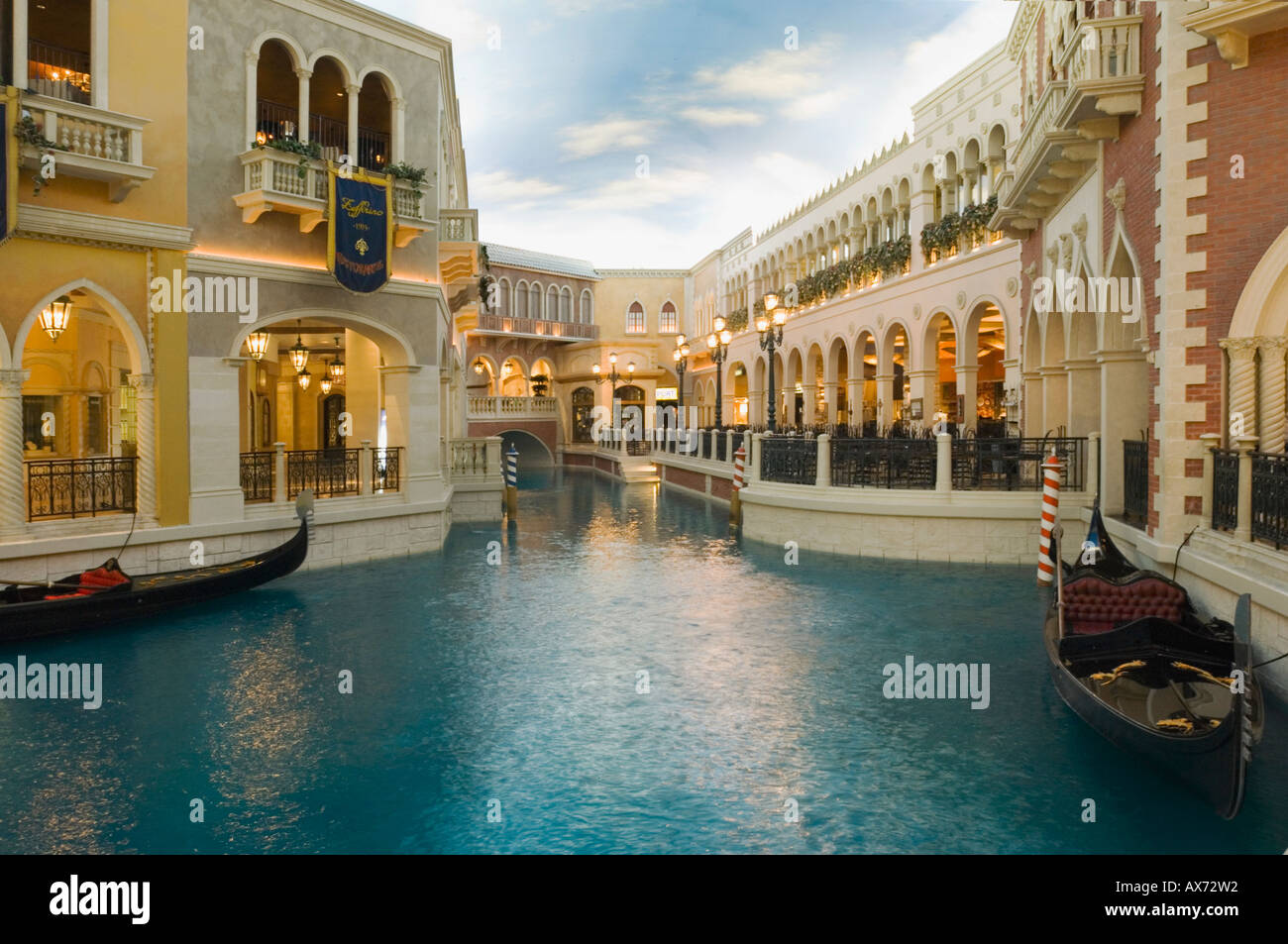Grand Canal Shops And Restaurants At The Venetian Hotel And