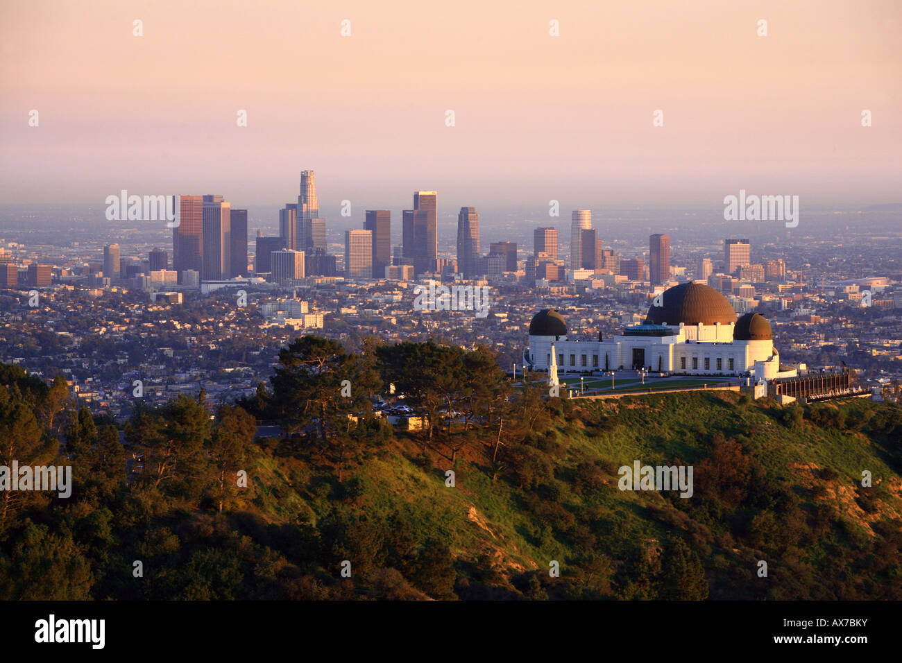 Griffith Observatory And The Los Angeles Skyline At Sunset Stock Photo 16753310 Alamy