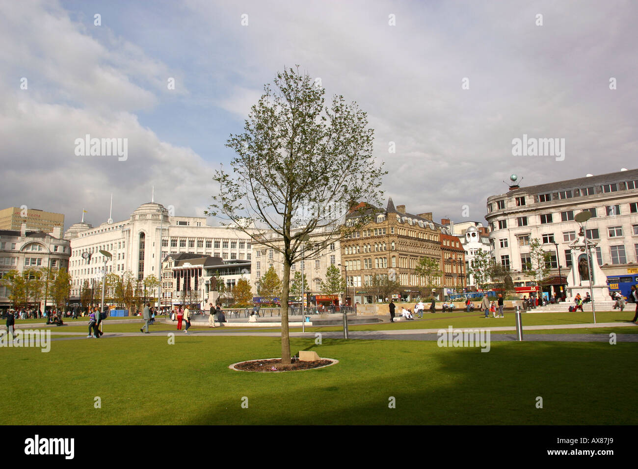 UK Manchester Piccadilly Gardens - Stock Image