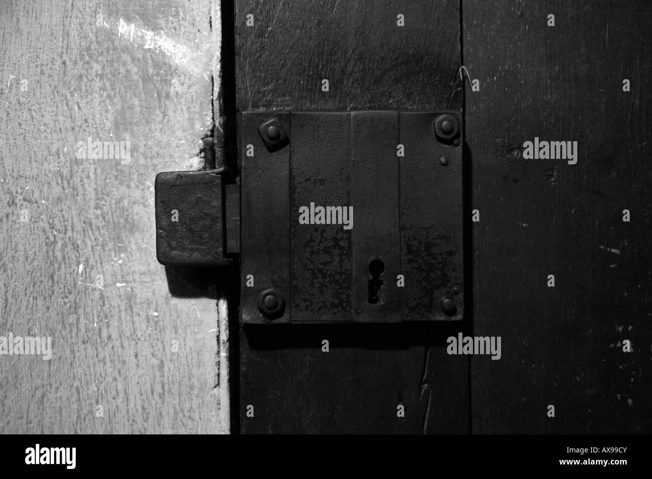 A door lock to an underground prison cell in Block 11 Auschwitz-Birkenau Museum & Door Jam Stock Photos u0026 Door Jam Stock Images - Alamy