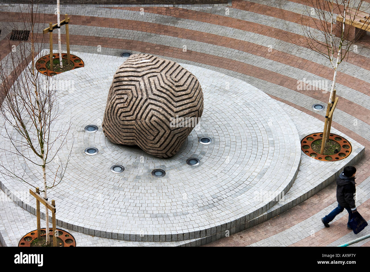 Between the Lines (Fisher Square). By Peter Randall. Made from a granite glacial boulder. Cambridgeshire. East Anglia. - Stock Image