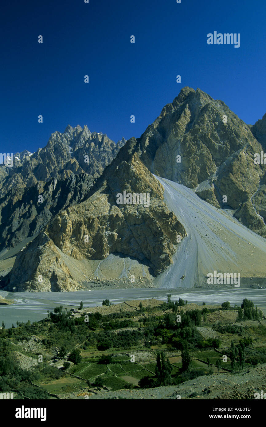 Pakistan Northern Areas Gojal Hunza Valley Passu - Stock Image