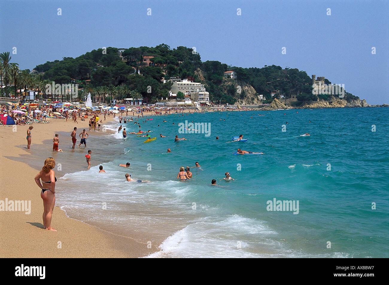 people on the beach in the sunlight lloret de mar costa brava stock photo 9594838 alamy. Black Bedroom Furniture Sets. Home Design Ideas