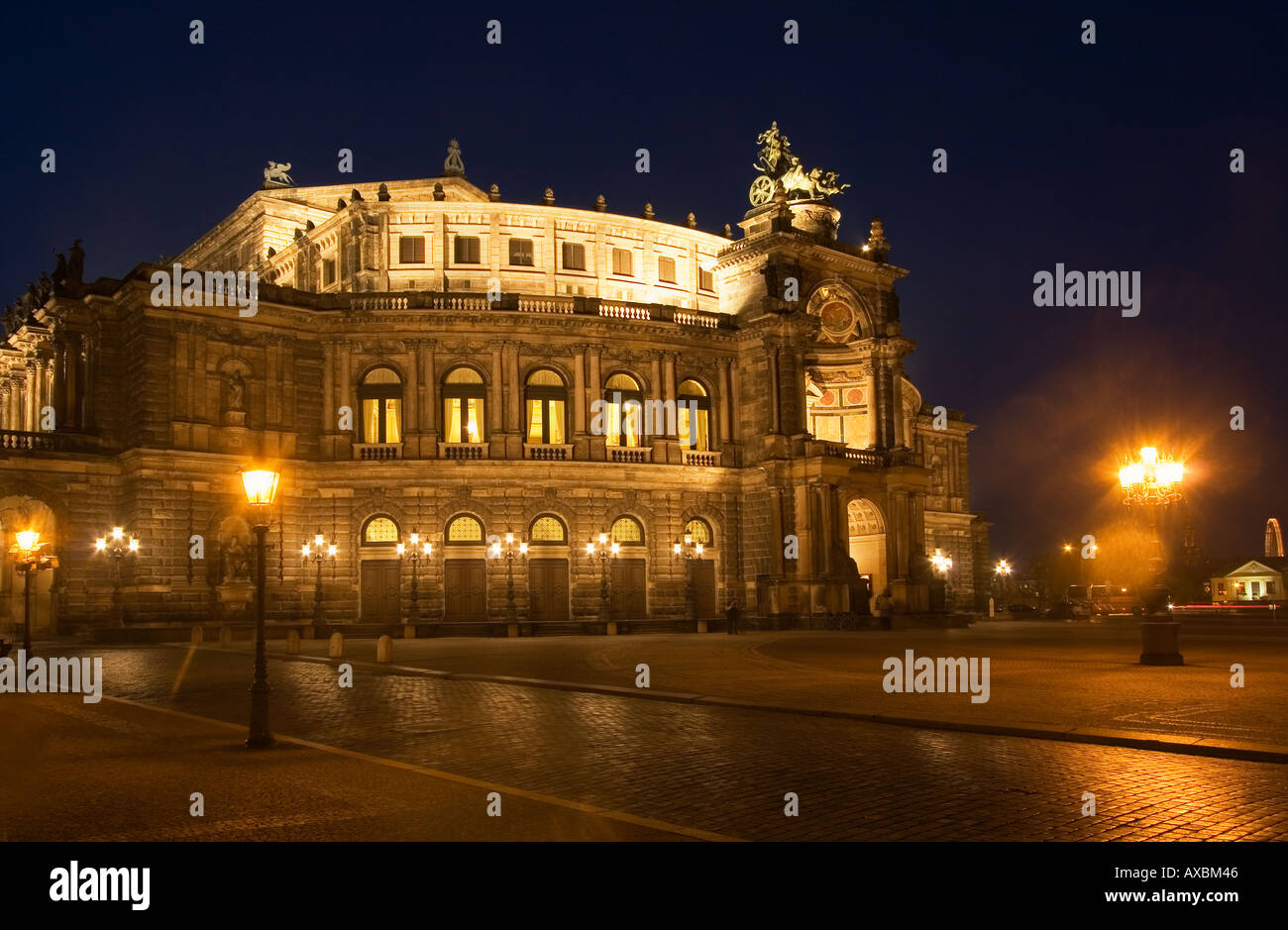 Dresden theatre square semper opera house at twilight strech limousine citytour by night - Stock Image
