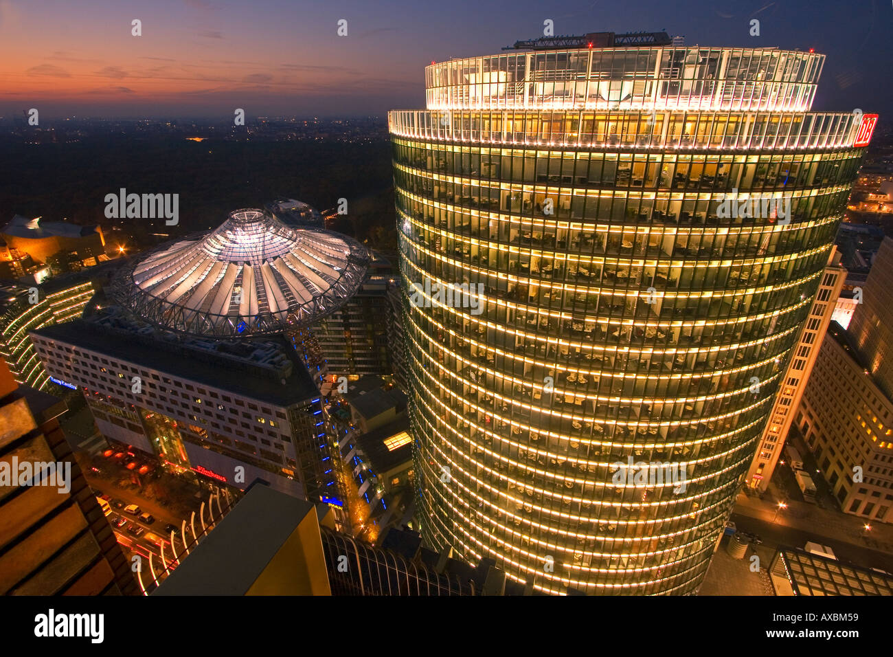 Berlin Potsdamer Platz Sony Center Atrium umbrella roof new forum covered by a cupola arch architecture by Helmut Jahn Murphy - Stock Image