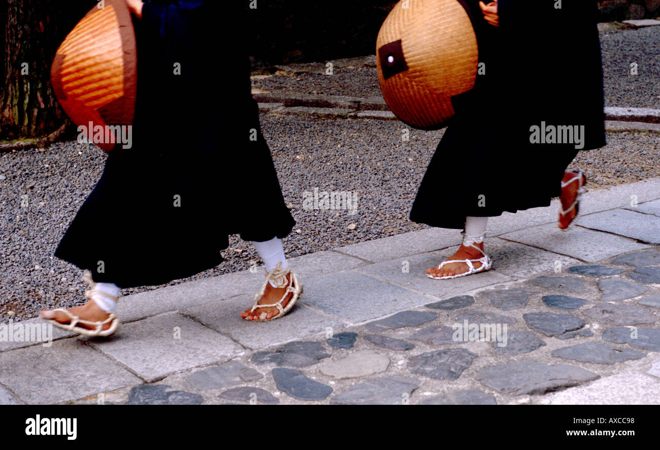 Monks wearing straw sandals at Daitokuji in Kyoto Japan - Stock Image