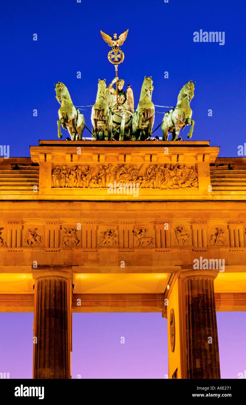 Quadriga Brandenburger Tor Pariser Platz Berlin Germany - Stock Image