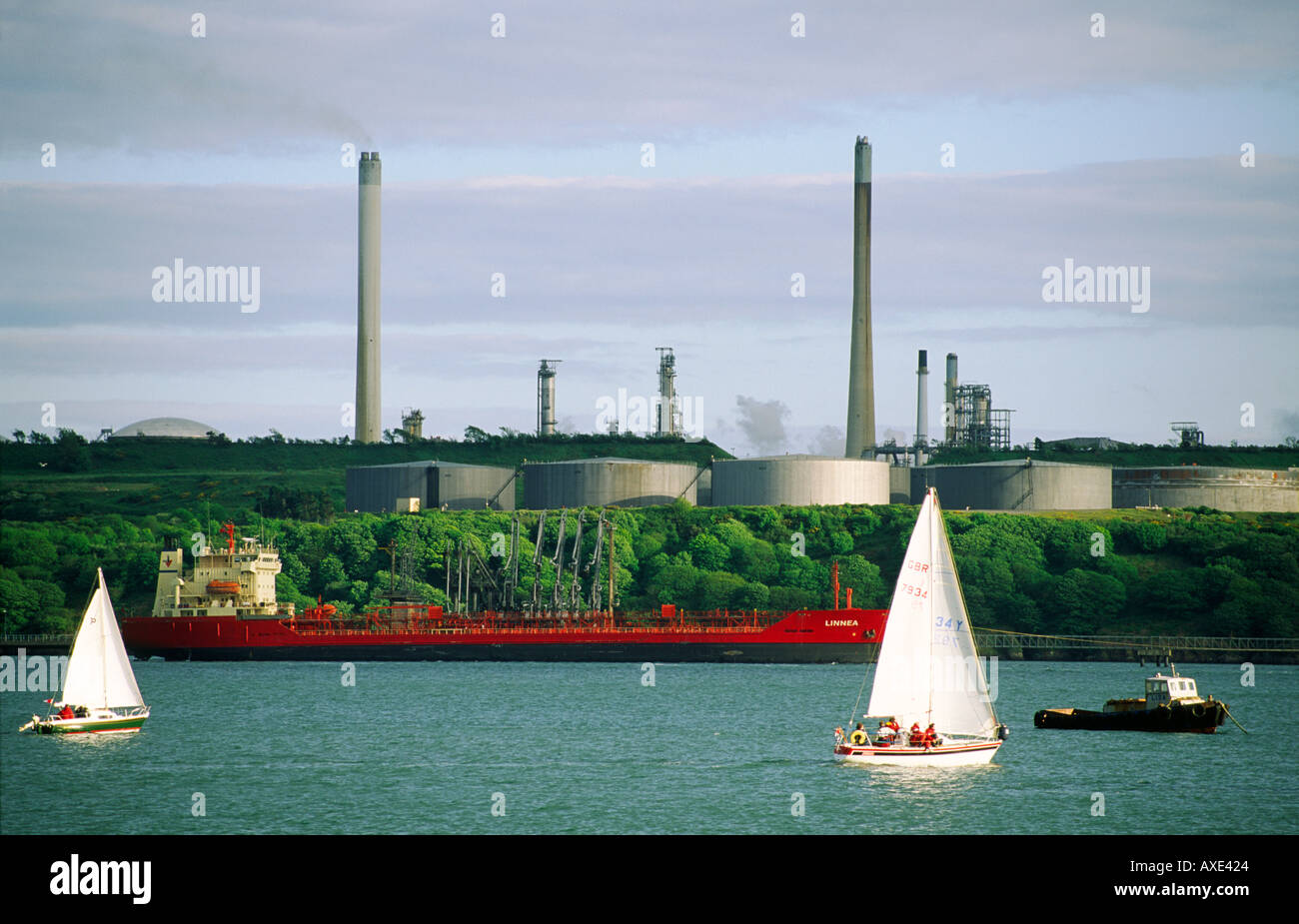Oil terminal refinery LPG LNG industry terminal and tanker at petrochemical industrial complex at Milford Haven, Wales, UK Stock Photo