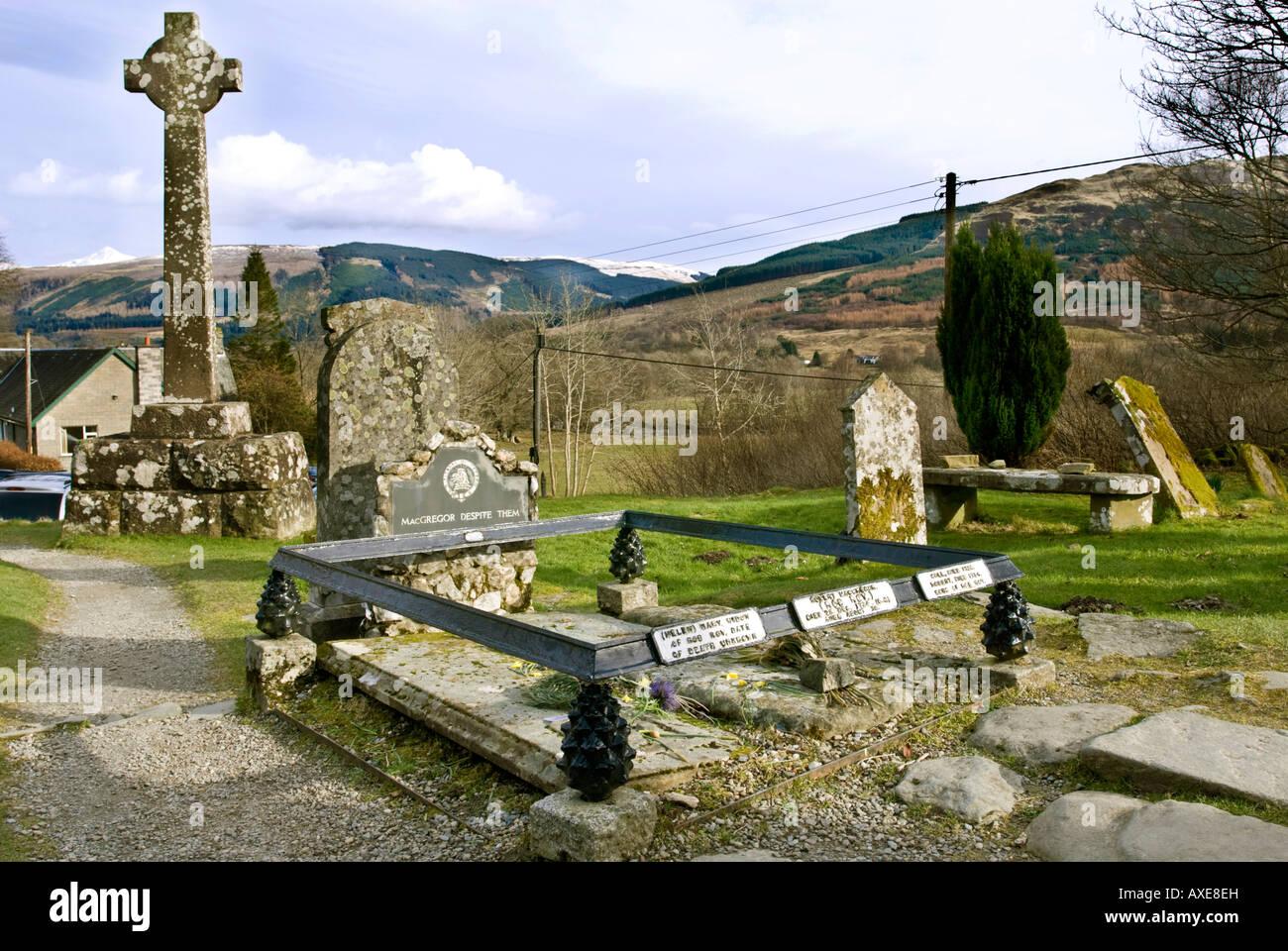 The grave of Rob Roy McGregor at Balquhidder church in Strathyre Scotland Stock Photo